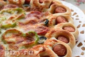 Рецепт мясной пиццы с мясными бортиками