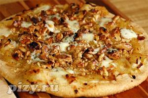 Рецепт пиццы с грецкими орехами, горгонзолой и карамелизованным луком