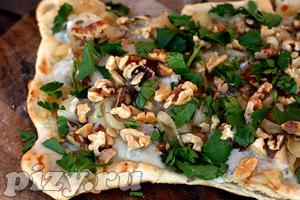 Рецепт ореховой пиццы с горгонзолой