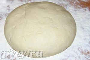 Приготовление пиццы с курицей: тесто